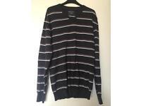 Men's Grey stripy jumper medium