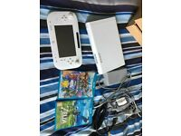 Nintendo Wii U + Zelda & Super Smash - Excellent condition