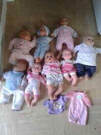 Bundle of dolls and accessories