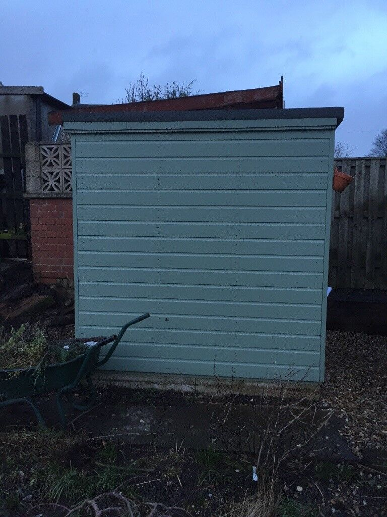 Garden shed , 5tf by 6ft