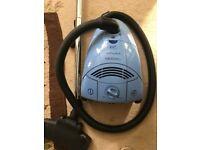 Vivo vacuum cleaner