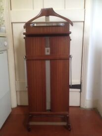 Gentleman's vintage Corby trouser press