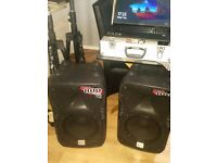 2 800 watt powered speakers