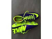 Nike football boots size 5 new