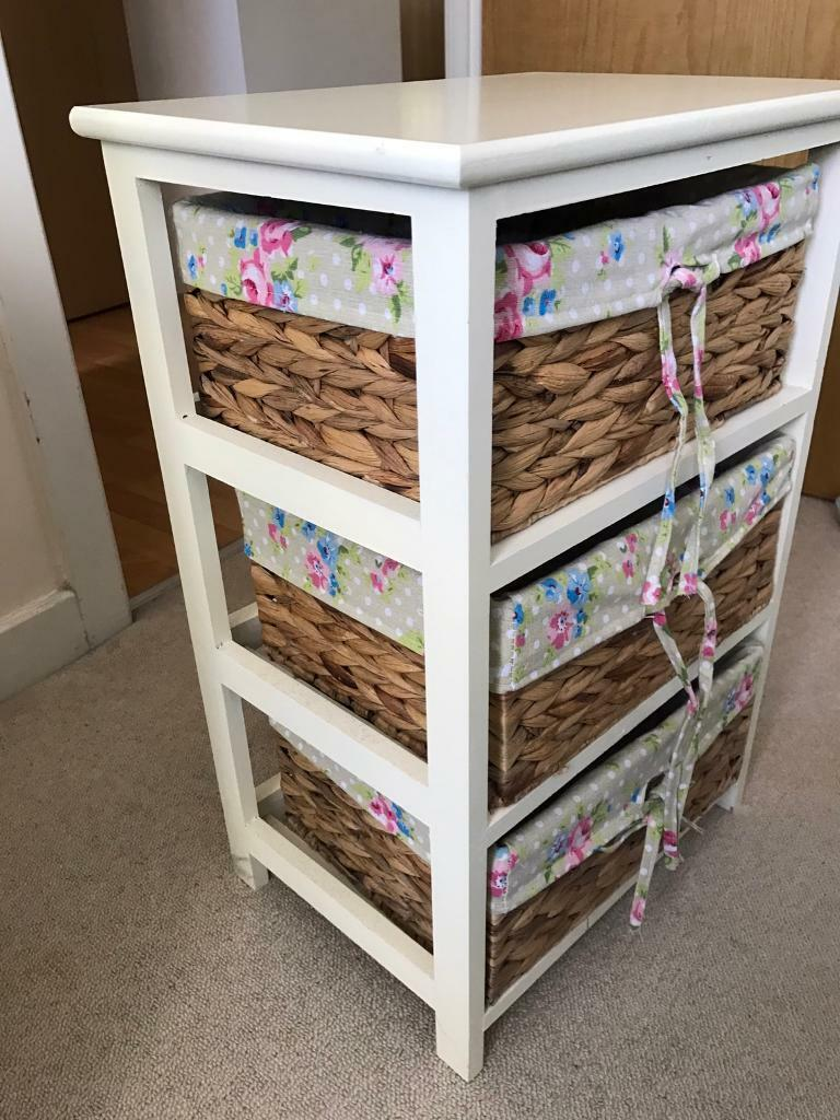 Wicker 3 Basket chest of drawers
