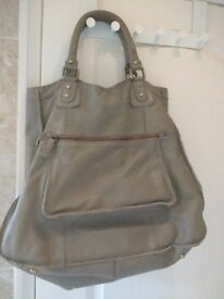 Whistles tote bag (leather), barely used, one missing rivet on top right corner.