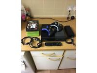 XBOX 360 SLIM PERFECT CONDITION
