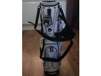 Brand New TaylorMade Stratus Stand/Carry Golf Bag - White & Black - RRP £150