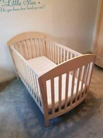Mamas & Papas 5 piece furniture set