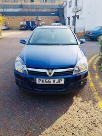 Vauxhall Astra 1.8 5dr Auto