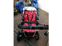 Quinny Buzz pushchair with 2 seats and cary cot