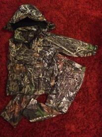 Child's Seeland camouflage hunting shooting fishing suit