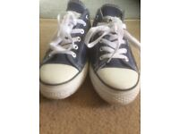 Navy and White Converse All Star Lean Ox Size 6 UK Good Condition