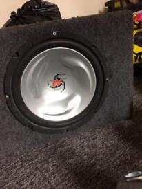 Kenwood bass box with amp