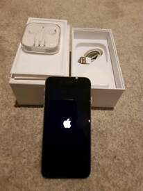 IPhone 6 (on EE) 16gb original box, charger and unused head phones