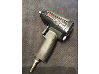 Snap on ltd edition 95th mg325 3/8 black impact wrench