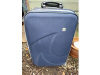 Free suitcase (broken zip)
