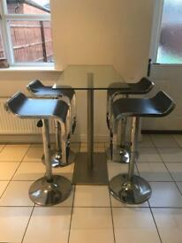 Dwell bar table & 4 stools