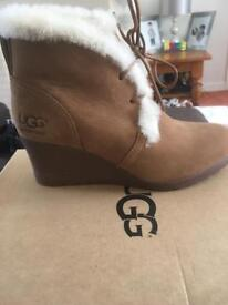 Jeovana ugg boots