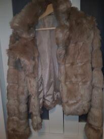 Miso*Faux-Fur*Beige size 8