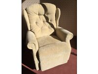 Celebrity Woburn Dual Motor Rise and Recline Chair.