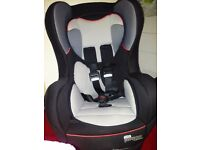 isofix Pampero Comfisafe car seat (group 1,2&3)-almost never used