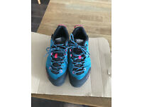 Ladies Mammut Wall Guide Low GTX Walking/ Hiking/ Approach Shoes Size 4 - Excellent Condition