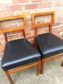 2 solid wood chairs / used