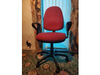 Office Chair Maroon & Black