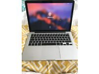 Excellent Condition Macbook Pro 13in Retina, 2.6GHz, Early 2013 + Extras