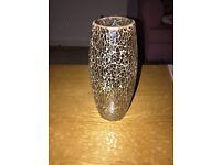 Gold crackle effect vase