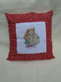 LOVELY NEW CUSHION SISTER OF MERCY FROM COUNTRY COMPANIONS POLY PAD