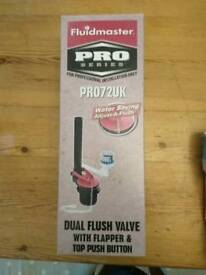 Dual flush valve with flapper and top push button