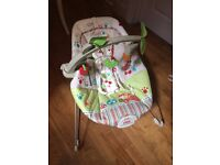 Fisher-Price Baby Bouncer Chair Unisex Woodsy Friends Comfy Time