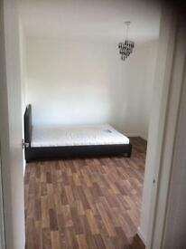 Large double bedroom with all bills inc.