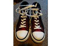 Trainers bk knights size 5.5 red and black immaculate