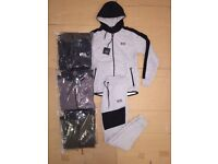 ( OSCARS ) NEW DESIGNS & MANY MORE TRACKSUITS T SHIRTS TRAINERS FOR WHOLESALE