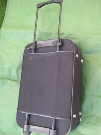 Medium Black Fabric Metropolis Suitcase