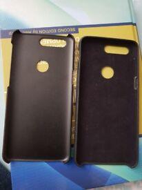 One plus 5t original sandstone and rubber case.