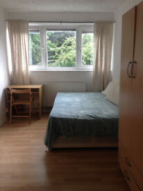 BIG DOUBLE ROOM ONLY 2 MIN FROM MILE END STATION, ZONE 2