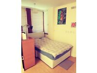 Studio flat to rent for 2 months