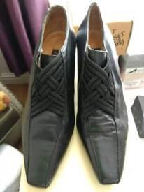 NEXT black leather Size 5