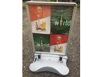 Wind pro forecourt/street advertising sign