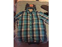 Hollister shirt size l