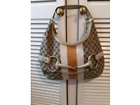 Stunning Gucci Handbag