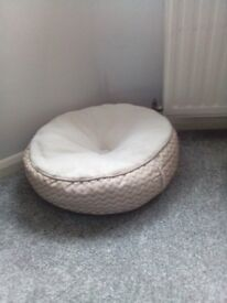 Great cosy cat bed not used