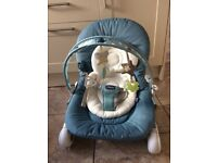 Chicco Hoopla baby bouncer / chair