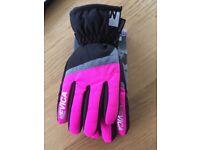 Nevica Ski Gloves. New.