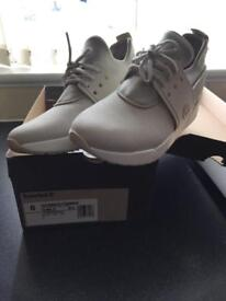 Timberlands ladies size 6 uk grey/taupe