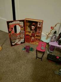 Ever after high sets and dolls and happy ever after set